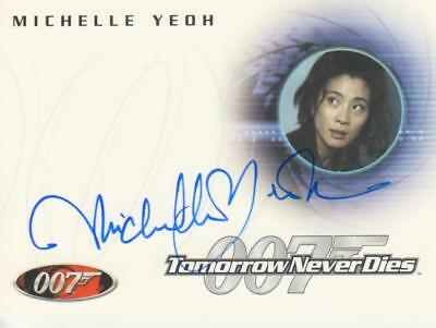James Bond Autograph Trading Card A30 signed by Michelle Yeoh as Wai Lin