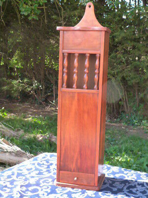 Lovely Vintage French Wooden Baguette Wall Box/bread Bin With Crumb Drawer.