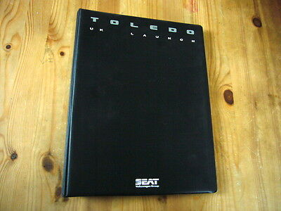 Seat Toledo UK press kit, 1990, rare & original, excellent condition