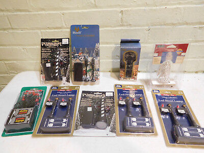 Lot of Holiday Time Village Christmas Train HO and O Scale Lights and Signals