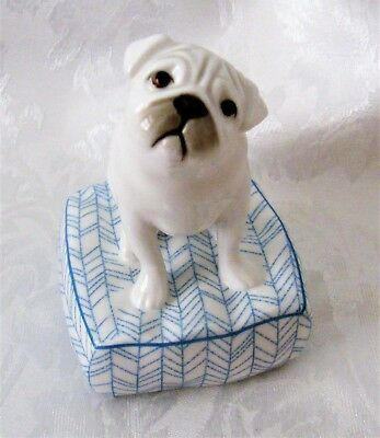 Royal Doulton Top Dogs Figurine Pug LUCKY  9 cm New in Box