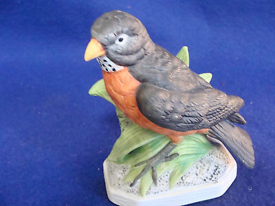 Vintage Lefton Bisque Robin/bird Figurine-1960's
