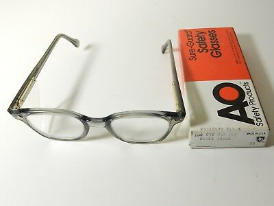 NOS VINTAGE AO AMERICAN Optical FLEXI-FIT 6M SAFETY GLASSES W/ BOX