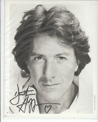 DUSTIN HOFFMAN SIGNED photo