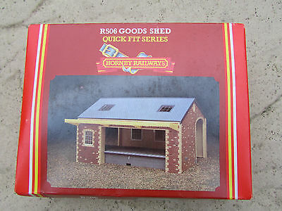 Hornby 00 Gauge R506 Goods Shed Railway Building Kit,boxed,mint