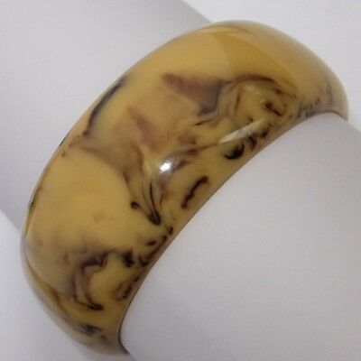 Chunky Vintage Marbled Tan & Brown Bakelite Bangle Bracelet