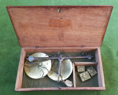 NICE ORIGINAL SMALL 19th CENTURY BOXED HAND HELD GOLD OR APOTHECARY SCALES