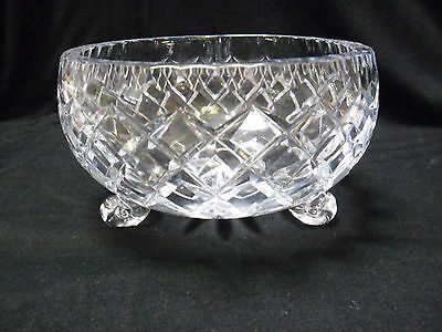 VINTAGE UNMARKED DIAMOND CUT CRYSTAL THREE SCROLL FOOT SWEET SERVING BOWL 16cm