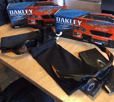 Oakley Rare Limited Edition TONY STEWART VALVES AND MONSTER PUPS 12-783 12-707