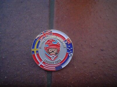 Grand Prix Cardiff 2015   Red  Helmet    Speedway Badge In Mint Con In  Gold