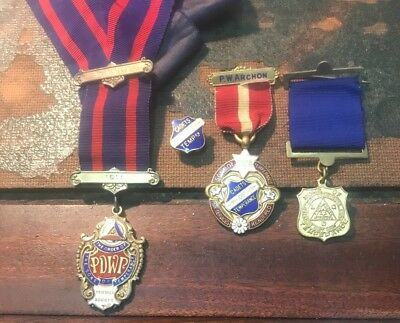 Order Of The Sons / Cadets Of Temperance Medals & Badge.