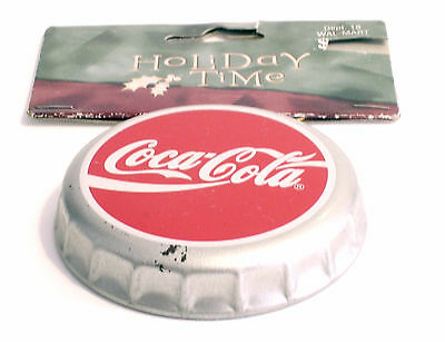 Coca-Cola Great Cap Tappo Grande Ornamentale In Metallo Da Appendere - 2003