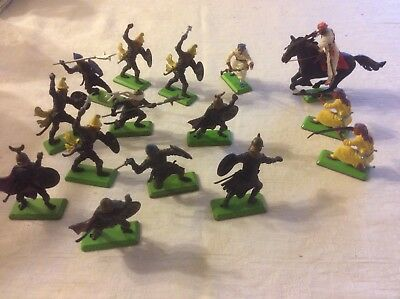 Britains Deetail Arabs and Saracens assortment