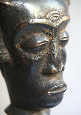 Statue of a Ndengese male, Congo - Männliche  Ngengese Figur, Kongo