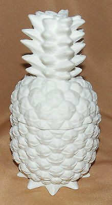 Beautiful White PARTYLITE Friendship PINEAPPLE Lidded JAR 5 3/4""