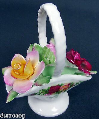 OLD COUNTRY ROSES FLORAL BASKET, 1st QUALITY, GC, 1973-93, ENGLAND, ROYAL ALBERT