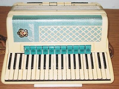 Scandalli  Brand  5/4 Reed Piano Accordion With The Case And The Straps