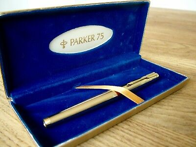 Good Condition Vintage Gold Plated Parker 75 Original Case Fountain Pen