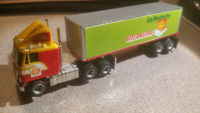 aurora AFX truck GMC with very rare trailer french release!