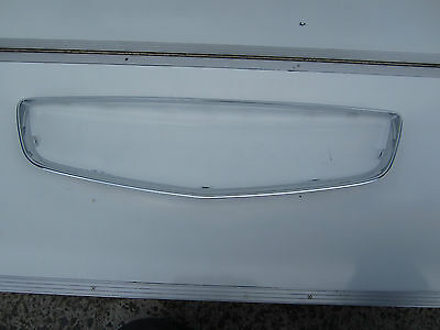 HOLDEN COMMODORE VE series 2 SS SV6 FRONT GRILLE chrome surround brand new