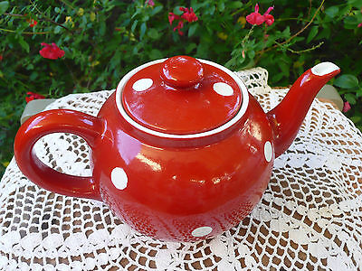 Théière  Rouge A Pois Blanc        Old French Tea- Pot    Polka Dot