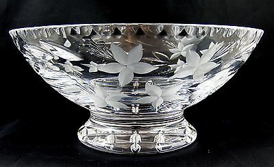 Very Pretty Royal Doulton Etched Flowers Crystal Bowl