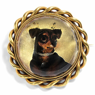 Victorian around 1870: Antique Essex Crystal As Brooch & Pendant in Gold, Dog
