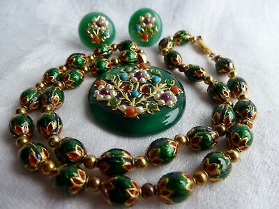 Vintage Chinese 9ct Gold Gem Set Jadeite pendant Necklace & Earring Suite NO RES