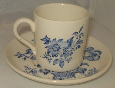 RP816 Vtg Crown Devon Fieldings Staffordshire Demi TeaCup