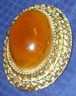 RP977 Vtg Gold Plated Brooch Pin w/ Amber Color Stone