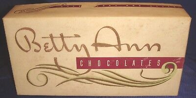 SE267 Vtg Handcraft Chocolates Betty Ann 1 Lb Box Toronto ON