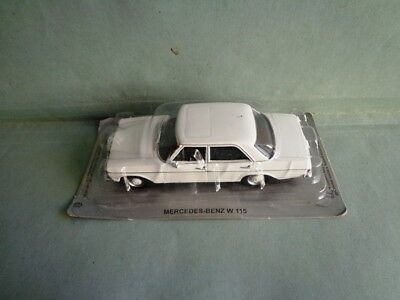 AUTO  MERCEDES-BENZ W 115 scala 1:43