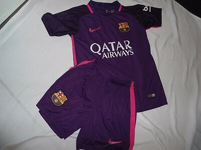 Boys Lionel Messi Barcelona Unofficial Football Shirt Kit Aged 9/10 Years