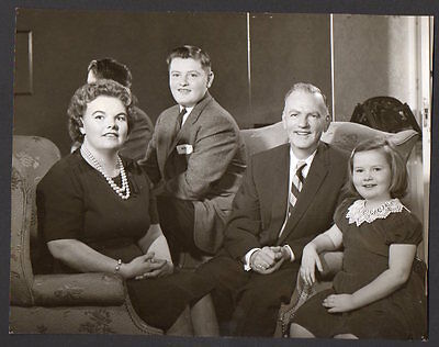 EILEEN FARRELL and family OPERA SINGER Vintage Orig Photo