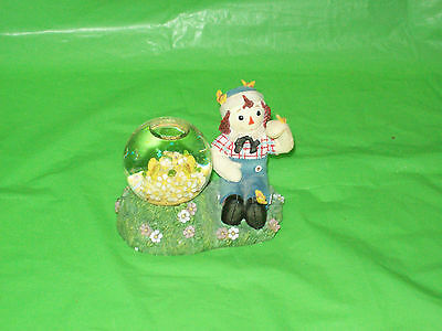 Enesco Raggedy  Andy   with a Water Globe
