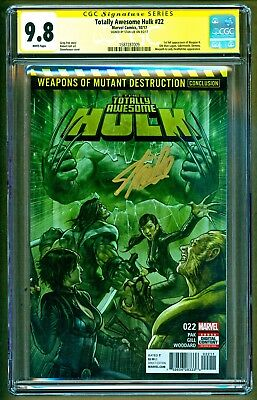 Totally Awesome Hulk #22 1st appearance of Weapon H Signed Stan Lee SS CGC 9.8