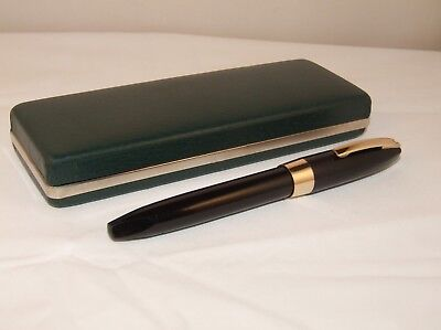 Vintage Sheaffer Pfm Iii Fountain Pen - New Seals - Wonderful Broad Nib - C1960