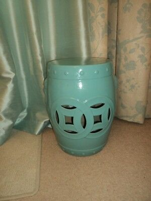 Chinese pottery/porcelain seat in lovely turquoise blue - for garden or indoors