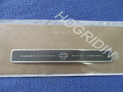 HARLEY-DAVIDSON Tour Pak Pack Lid Medallion peel and stick anywhere 14100101
