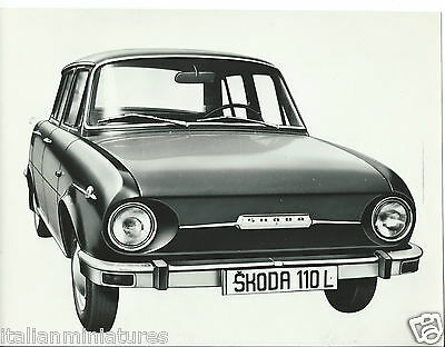 Skoda 110 L Original Press Photograph 1969