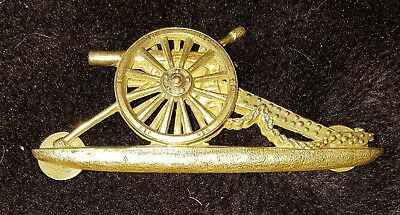 Royal Artillery Officers Gilt Pouch Badge