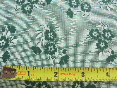 """4 yards vintage 35"""" wide quilting weight cotton green floral carnations"""