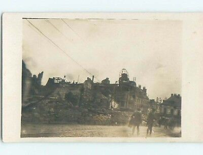 old rppc MILITARY - WWI RUINS ON STREET Lille - Rijsel France HM2086