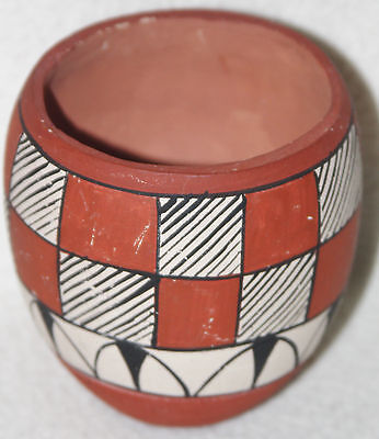Jemez 1940s D.T. Polychrome Slender Form Red Background Checker Decoration Pot