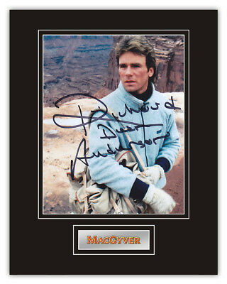 Sale! MacGyver Richard Dean Anderson (MacGyver) Signed 14x11 Display