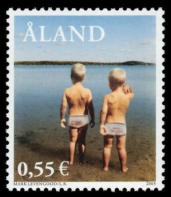 "ALAND ISLANDS 215 - Modern Photography ""Levengoods on Beach"" (pa41911)"