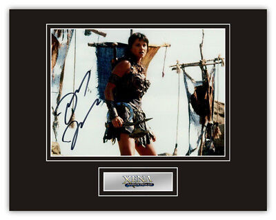 Sale! Xena Warrior Princess Lucy Lawless (Xena) Signed 14x11 Display