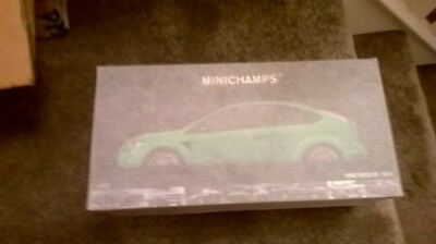 Ford Focus Rs Minichamps Ultimate Green  Brand New 1.18