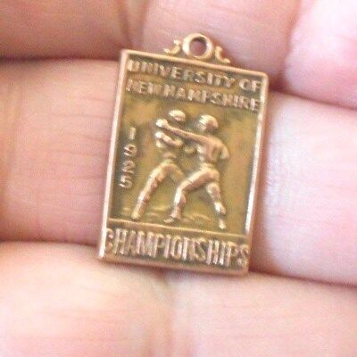 Antique 1925 Boxing Medal University Of New Hampshire  #620