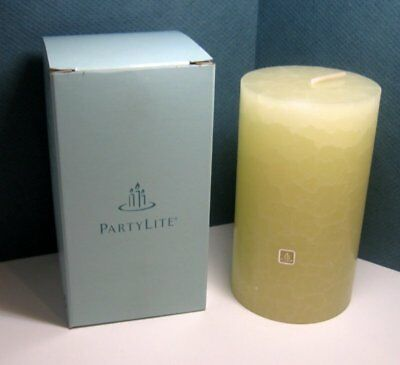 Partylite Pillar Candle NIB C75123  ICED SNOWBERRIES 24211